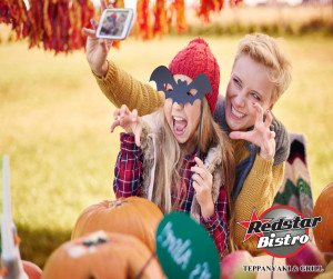 Redstar Bistro Halloween Selfie Competition