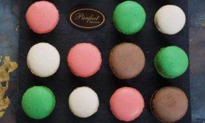 20 Mixed Macaroons