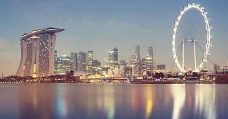 ✈ Singapore Break with Flights