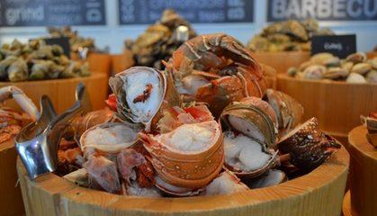 Seafood Buffet at Le Royal Meridien