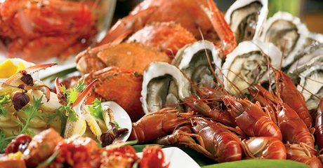 Seafood Buffet with Soft Drinks