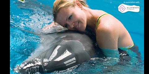Dubai Dolphinarium Women's Day Special Promotion