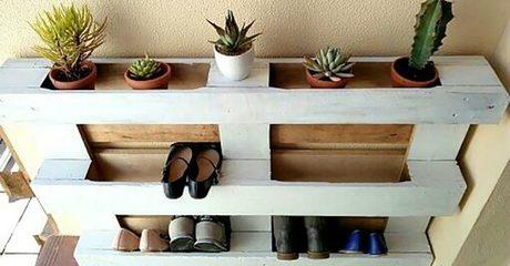 Rustic-Style Pallet Shoe Rack