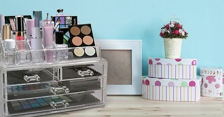 Cosmetic or Jewelry Organiser