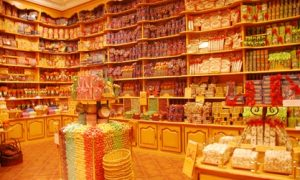 AED 80 to Spend on Sweets