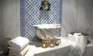 Donna Ricci Moroccan Bath