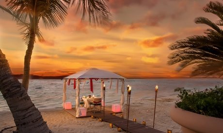 Five Course Dinner At The Beach With Drinks And A Heart