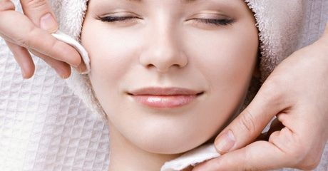 One Hydra Facial Session
