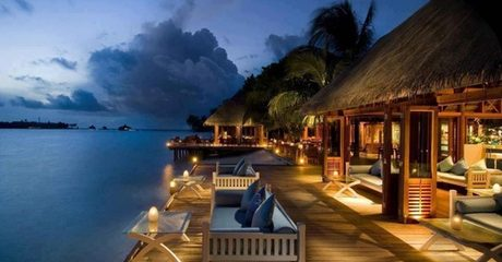 ✈ Maldives: 3 Nights with Meals