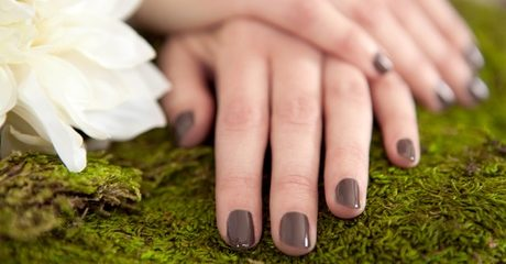 Customers can treat themselves to some special attention with a manicure plus a choice of treatments at this Abu Dhabi spa for AED69.00 at Discount Sales.