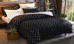China Unicom Six-Piece Bedsheet