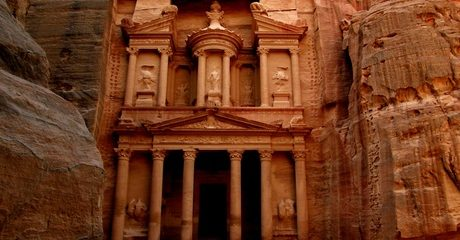 ✈ Jordan: 3- to 5-Night 4* Stay with Tours