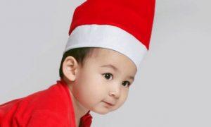 Christmas-Themed Photoshoot