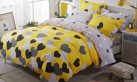Six Piece King Size Duvet Cover Sets Aed 99 In Choice Of