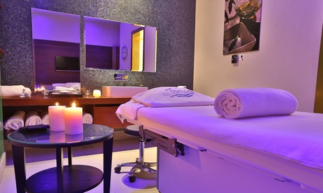Up to four clients can be pampered with a relaxing spa treatment or personalised facial