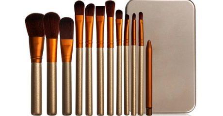 Make-Up Brush Set with Case