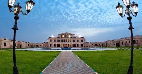 Al Ain: Up to 2-Night 4* Villa Break with Breakfast