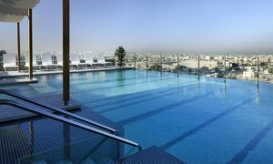 Dubai: 1- or 2-Night 5* Stay with Laguna Tickets