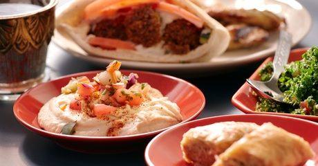 Food and Drinks at Shami Gourmet