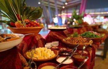 LAST CHANCE: Iftar Buffet at Umsyat Tent at Hilton Capital Grand