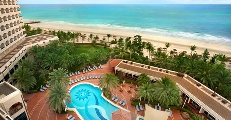 Ajman: 1- or 2-Night 5* Stay with Breakfast