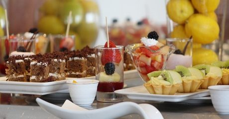 Lunch or Dinner Buffet with Drinks: Child (AED 35)