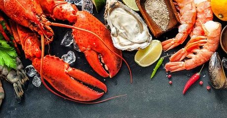 Seafood Night with Drinks at 4* M Hotel Downtown