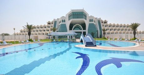 Abu Dhabi: 1- or 2-Night Getaway for 2 Adults and 2 Children