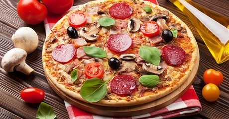 Small or Regular Pizzas at Mambo Pizza