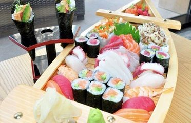 Sushi Platter of 32