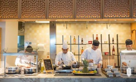 5* Friday Brunch with Pool Access: Child (AED 99)