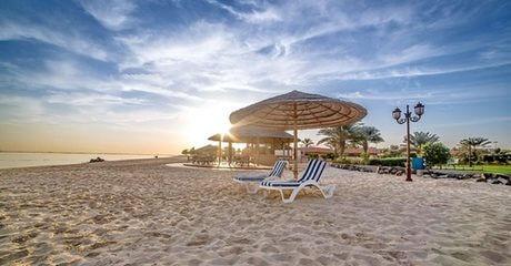 Abu Dhabi: 5* Stay with Full Board