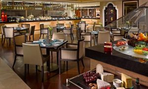 5* Lunch or Dinner with Drinks: Child (AED 49)