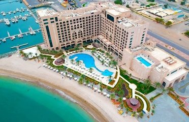 Fujairah: 5* Stay with Breakfast