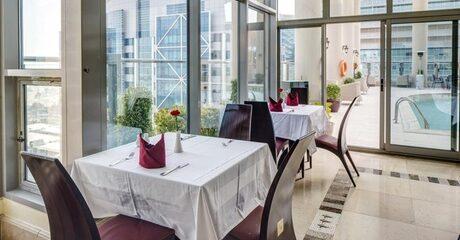 Abu Dhabi: 1- or 2-Night 4* Stay with Breakfast