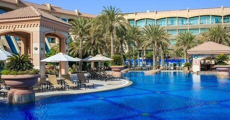 Abu Dhabi: 5* Stay with Half or Full Board