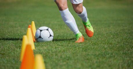 Ten Online Football Classes