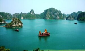 Vietnam: 10-Day South to North Tour