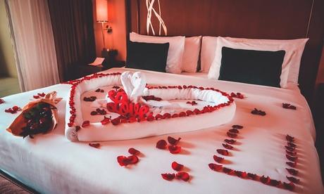 Abu Dhabi: One-Night 5* Romantic Package