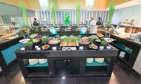4* Friday Lunch Buffet and Pool
