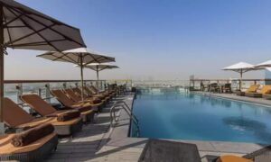 5* Pool Access: Child (AED 30) or Adult (AED 49)