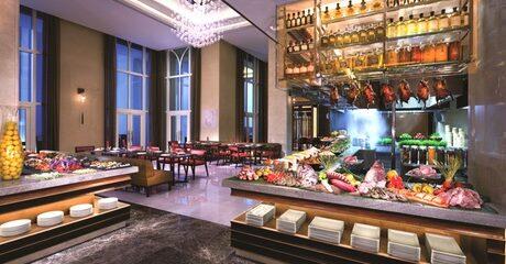 Abu Dhabi: 5* Break with Choice of Adventure