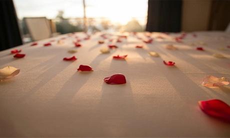 Abu Dhabi: Up to 2-Night 4* Romantic Break with Half Board