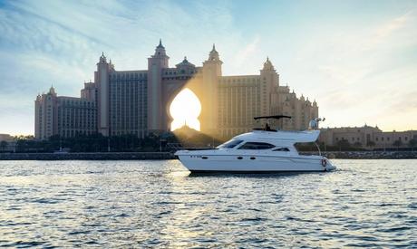 One-Hour Yacht Cruise
