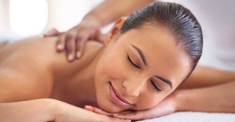 Clients can rest and relax during a 45-minute hot stone spa treatment designed to promote sleep