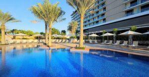 Abu Dhabi: 1-3 Nights with Yas Theme Park Tickets